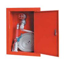 Lemezajtós v2c típusú fali tűzcsapszekrény