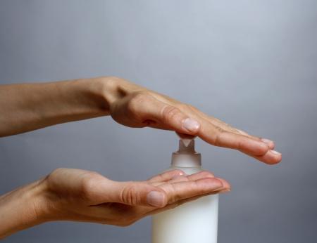 Kéz- és bőrvédelem jelentősége, kiválasztása